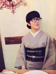 kimito,帯留,キモノ,着物,七宝焼,着物コーディネート,眼鏡,メガネd